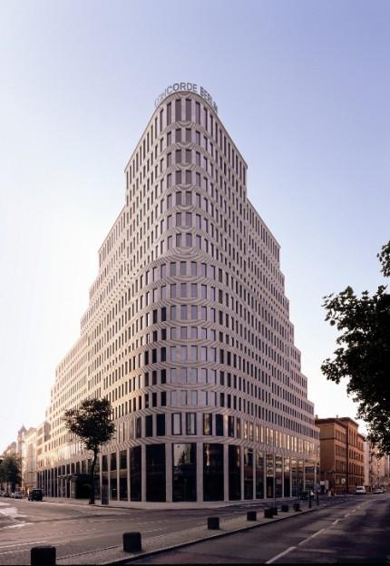 The architecture of the hotel concorde berlin abc art for Architecture berlin